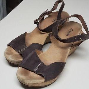 Clarks elements sandal wedges size 10